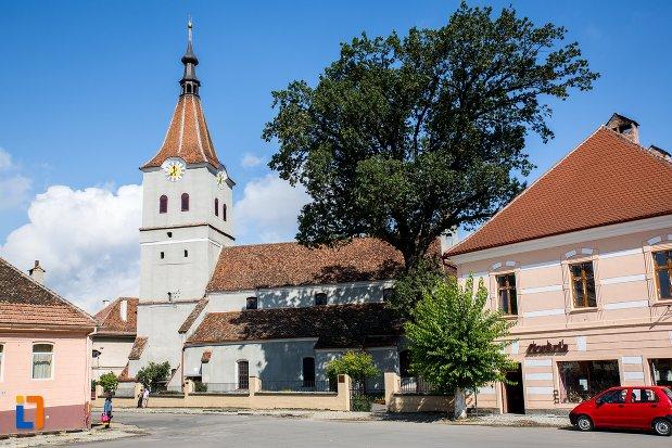 biserica-evanghelica-sf-matia-din-rasnov-judetul-brasov.jpg