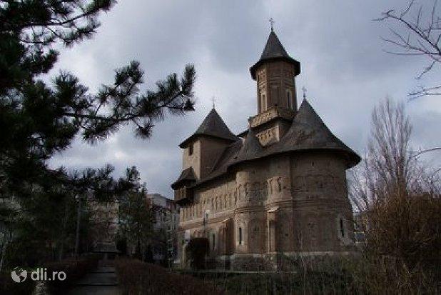 biserica-fortificata-sf-precista.jpg
