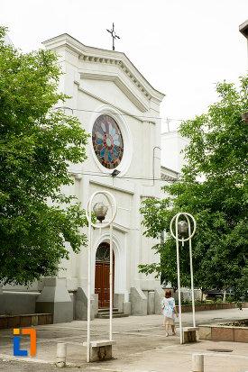 biserica-greaca-din-galati-judetul-galati-vazuta-din-lateral.jpg