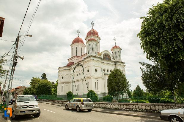 biserica-grecescu-din-drobeta-turnu-severin-judetul-mehedinti.jpg