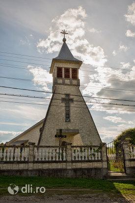 biserica-greco-catolic-din-boinesti-judetul-satu-mare.jpg