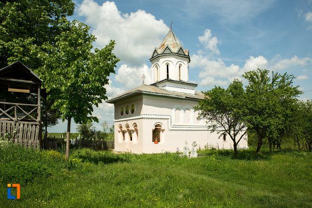 biserica-inaltarea-in-biserica-din-suica-judetul-olt.jpg