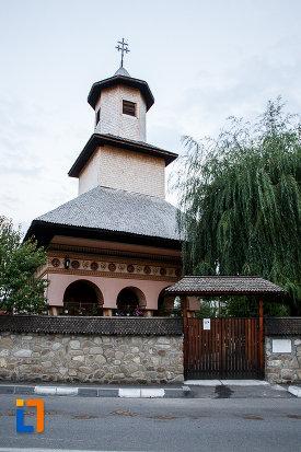 biserica-intrarea-in-biserica-nica-filip-1808-din-valenii-de-munte-judetul-prahova.jpg