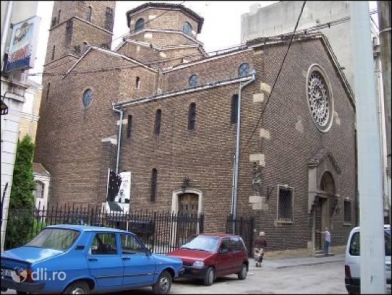 biserica-italiana-din-bucuresti.jpg