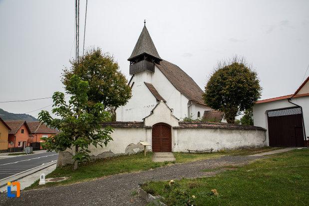 biserica-lutherana-din-sec-xiii-din-copsa-mica-judetul-sibiu.jpg