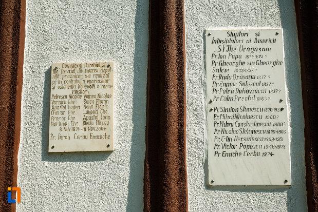 biserica-muzeu-sf-ilie-biserica-noua-din-dragasani-doua-placi-de-marmura.jpg