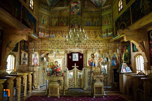 biserica-muzeu-sf-ilie-biserica-noua-din-dragasani-interior-de-biserica.jpg