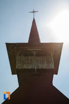 biserica-muzeu-sf-ilie-biserica-noua-din-dragasani-turnul-de-la-biserica-din-lemn.jpg