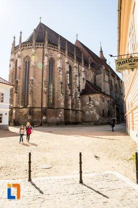 biserica-neagra-1383-1477-din-brasov-judetul-brasov-vazuta-din-spate.jpg