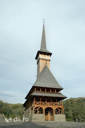 biserica-noua-de-lemn-din-rozavlea-judetul-maramures.jpg