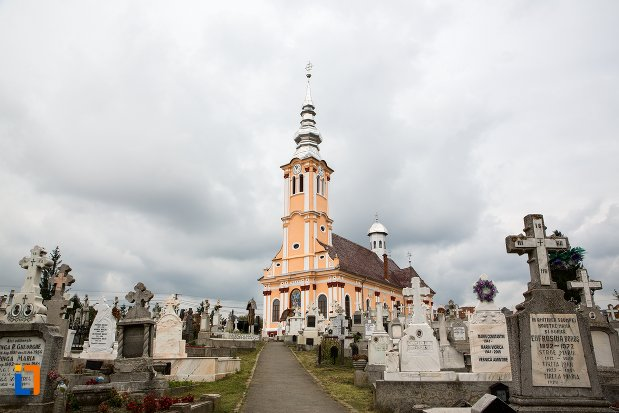 biserica-ortodaxa-sf-adormire-din-sacele-judetul-brasov.jpg