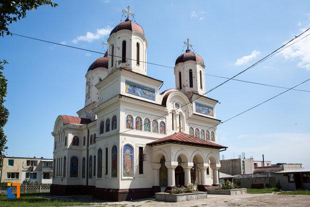 biserica-ortodaxa-sf-gheorghe-din-mangalia-judetul-constanta.jpg
