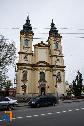 biserica-ortodoxa-adormirea-maicii-domnului-din-lugoj-judetul-timis.jpg