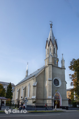 biserica-ortodoxa-adormirea-maicii-domului-din-sighetu-marmatiei-judetul-maramures.jpg