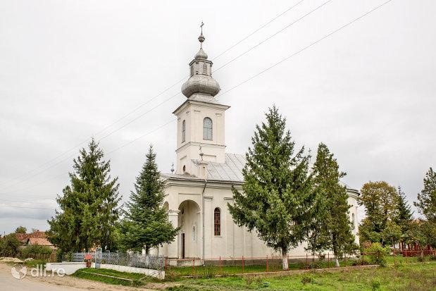 biserica-ortodoxa-din-caraseu-judetul-satu-mare.jpg