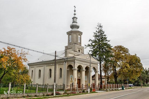 biserica-ortodoxa-din-culciu-mare-judetul-satu-mare-vedere-laterala.jpg