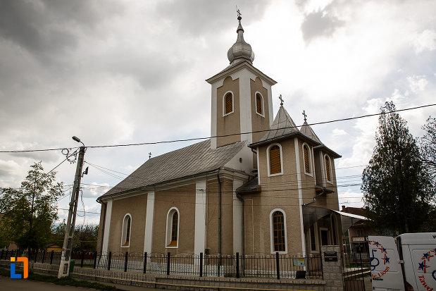 biserica-ortodoxa-din-hateg-judetul-hunedoara.jpg