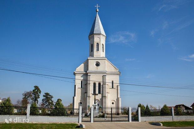 biserica-ortodoxa-din-piscolt-judetul-satu-mare.jpg