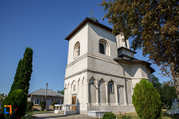 biserica-ortodoxa-din-salcea-judetul-suceava.jpg
