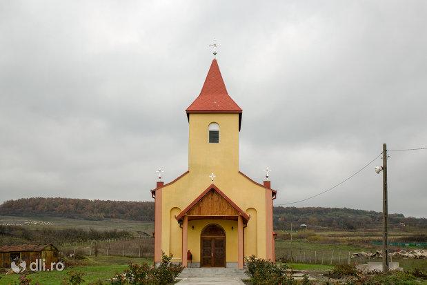 biserica-ortodoxa-din-sarmasag-judetul-salaj.jpg