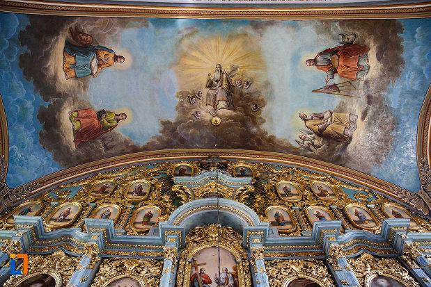 biserica-ortodoxa-nasterea-maicii-domnului-din-sannicolau-mare-judetul-timis-bolta-pictata.jpg