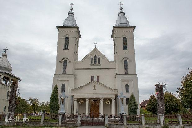 biserica-ortodoxa-nasterea-sfantului-ioan-botezatorul-din-hideaga-judetul-maramures.jpg