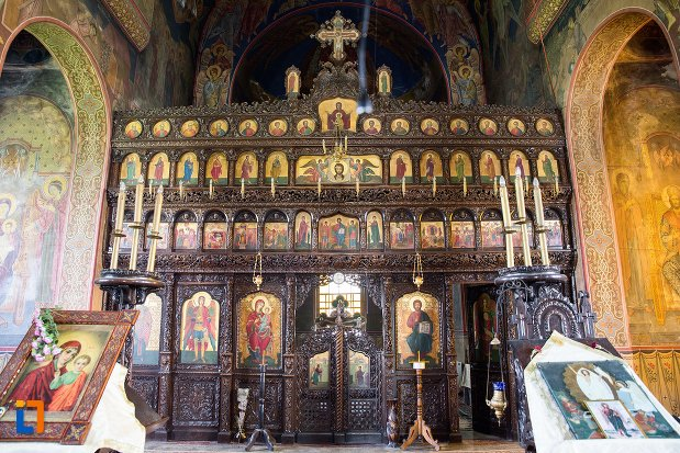 biserica-ortodoxa-sf-gheorghe-din-racari-judetul-dambovita.jpg