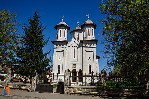 biserica-ortodoxa-sf-nicolae-din-orastie-judetul-hunedoara.jpg