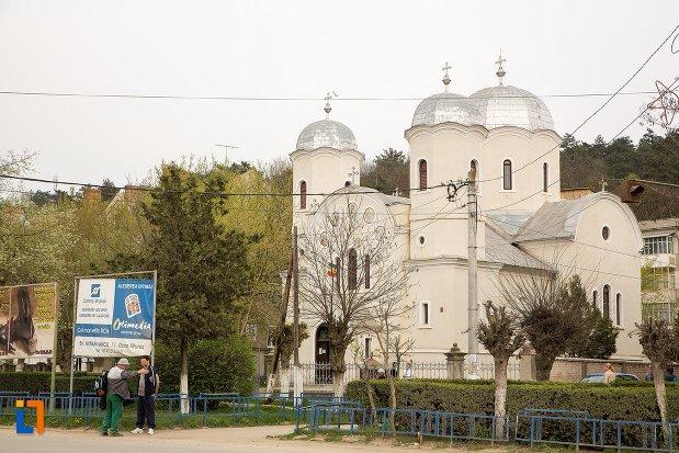 biserica-ortodoxa-veche-din-ocna-mures-judetul-alba.jpg