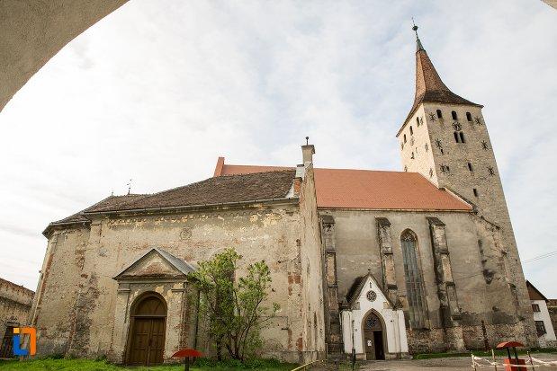 biserica-reformata-din-aiud-judetul-alba.jpg
