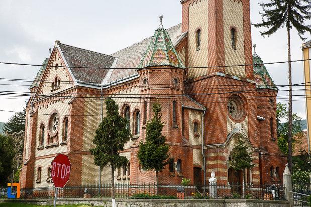 biserica-reformata-din-deva-judetul-hunedoara-partea-de-jos.jpg