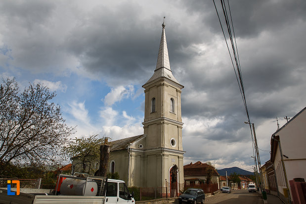 biserica-reformata-din-hateg-judetul-hunedoara.jpg