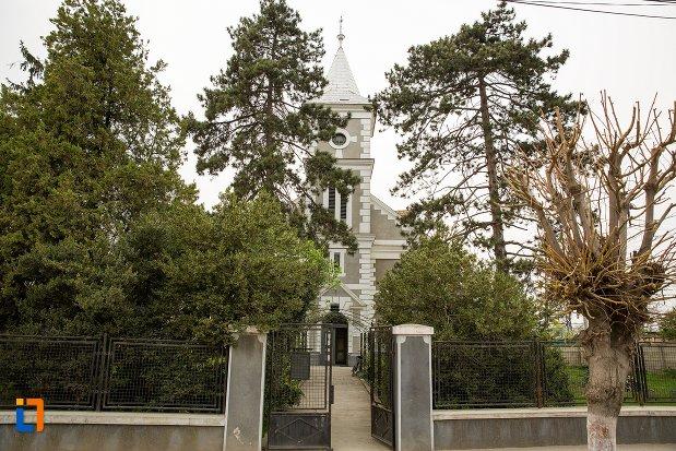 biserica-reformata-din-ocna-mures-judetul-alba.jpg