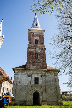 biserica-reformata-din-orastie-judetul-hunedoara.jpg