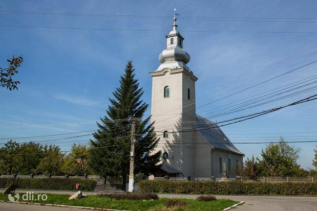 biserica-reformata-din-seini-judetul-maramures.jpg