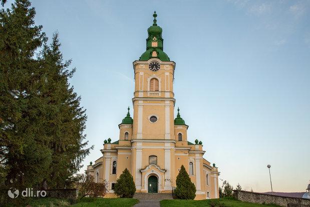 biserica-reformata-din-zalau-judetul-salaj.jpg