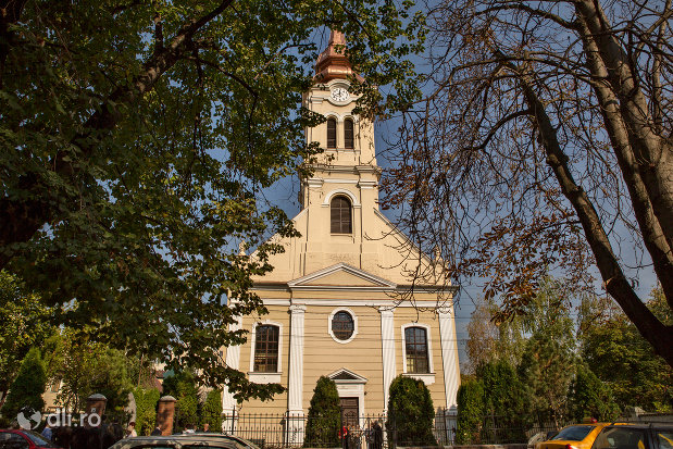 biserica-reformata-olosig-din-oradea-judetul-bihor.jpg
