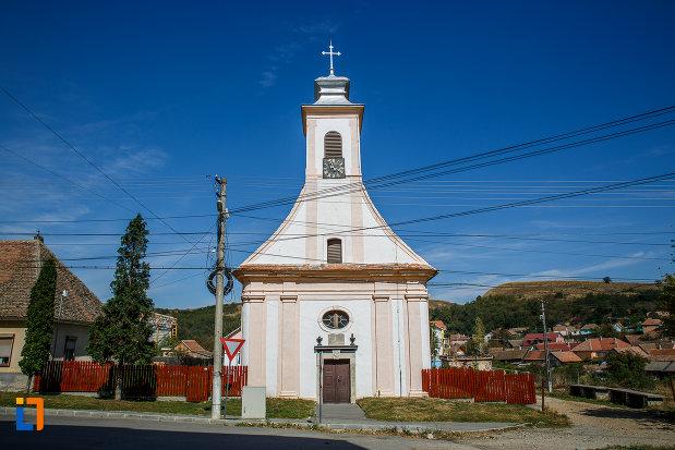 biserica-romano-catolica-1800-din-ocna-sibiului-judetul-sibiu.jpg