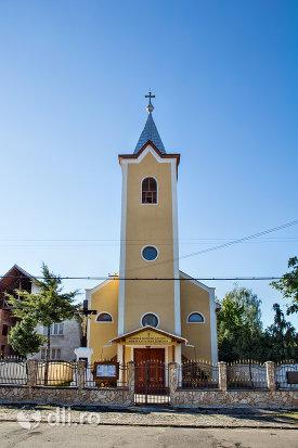 biserica-romano-catolica-din-negresti-oas-judetul-satu-mare.jpg