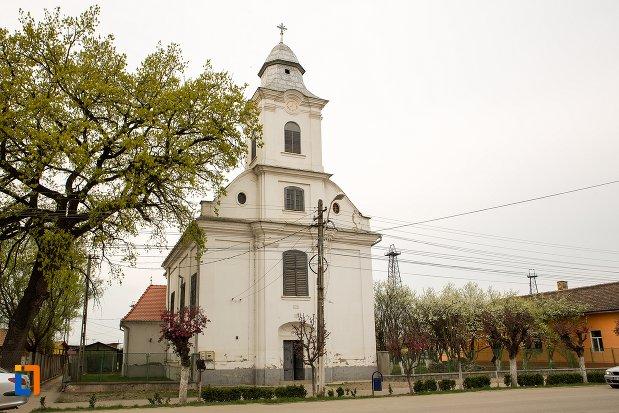 biserica-romano-catolica-din-ocna-mures-judetul-alba.jpg