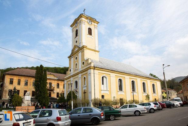 biserica-romano-catolica-din-oravita-judetul-caras-severin.jpg
