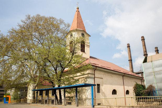 biserica-romano-catolica-maria-zapezii-1848-din-resita-judetul-crasa-severin.jpg
