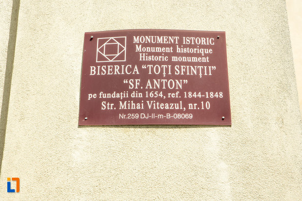biserica-romano-catolica-sf-anton-din-craiova-judetul-dolj-monument-istoric.jpg