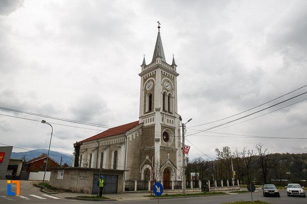 biserica-romano-catolica-sf-varvara-din-petrosani-judetul-hunedoara.jpg