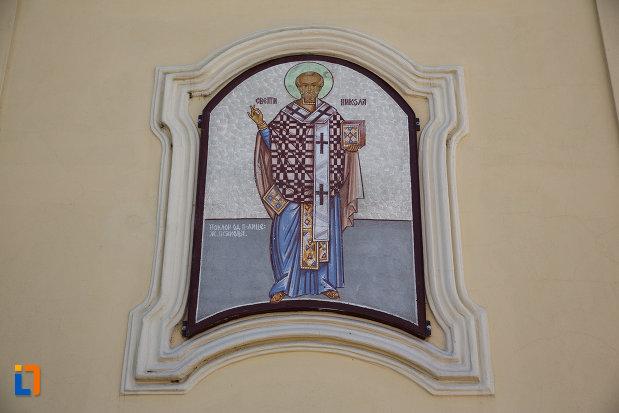 biserica-sarbeasca-adormirea-maicii-domnului-1787-din-sannicolau-mare-judetul-timis-imagine-cu-pictura-murala.jpg