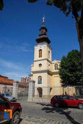 biserica-sarbeasca-sf-gheorghe-1774-din-timisoara-judetul-timis-imagine-cu-gardul.jpg