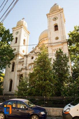 biserica-sf-apistoli-petru-si-pavel-sf-cuvioasa-paraschiva-din-braila-judetul-braila.jpg
