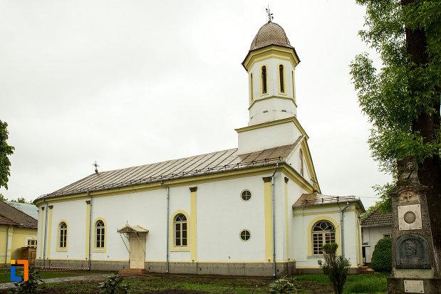 biserica-sf-apostoli-din-bailesti-judetul-dolj.jpg