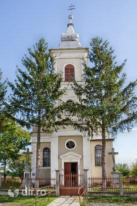 biserica-sf-arhangheli-mihail-si-gavril-din-viile-satu-mare-judetul-satu-mare.jpg