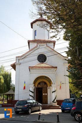 biserica-sf-constantin-si-elena-volna-1865-din-calarasi.jpg
